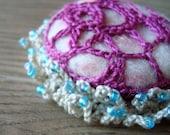Anemona Freeform Crochet Brooch