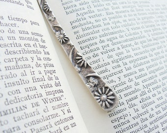 Romantic Poem Reading - Floral Metal Bookmark