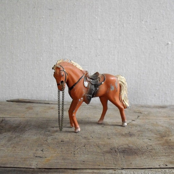 Vintage Die Cast Horse : Mid Century Toy Horse Made in Japan