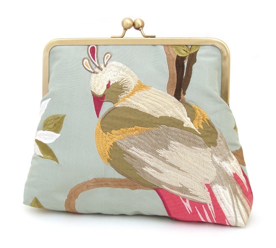 Leda bag: Large clutch / chain handle / embroidered silk