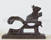 Autumn Acorns - Vintage Squirrel Nutcracker - Cast Iron - Vintage Kitchen - Cottage Decor