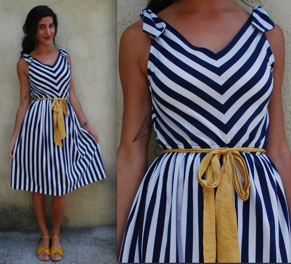 Vintage 70s Navy and White Chevron Jersey Dress