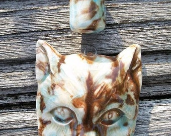 A Cute Ceramic Cat and Accent Bead in Mocha Marble
