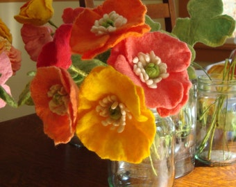 Poppy / Felted Flower / choice of color / felt poppy