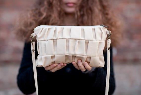 Little Sara purse in cream. Vegan bag