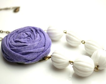 Asymmetrical Purple and White Rosette Necklace