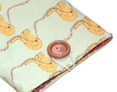 Sausage Dogs simple Kindle pouch