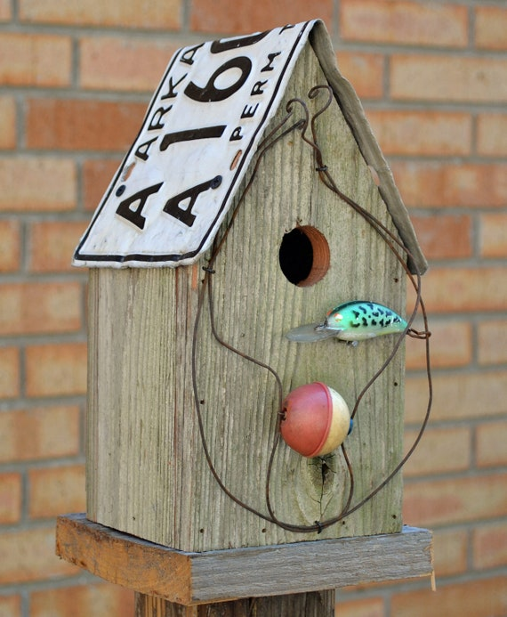 Birdhouse - Fishing - old lures
