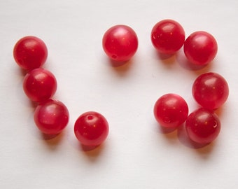 Vintage Lucite Raspberry Red Moonglow Beads 10mm bds833