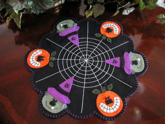 Hand Stitched PUMPKIN JACK and WITCH Halloween Penny Rug - Candlemat.....ofg team