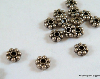 50 Daisy Spacer Bead Antique Silver Bali Style Tibetan Silver 4.5mm LF/CF - 50 pc - M7001-AS4.550