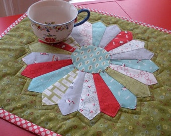 Cherry Christmas Holiday Dresden Plate Quilted Table Runner Topper