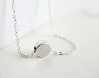 Tiny Silver Dot Necklace / Small Circle Necklace/ Simple Silver Necklace