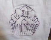 Machine Embroidery Tea Towel Cupcake with Fancy Bow