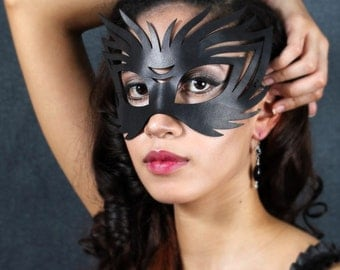 Wildcat leather Halloween mask in black