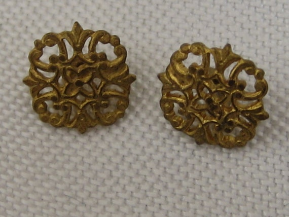 Set of 2 ANTIQUE Pierced Gold Metal Square Baby Doll BUTTONS