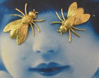 Raw Brass Bumble Bee Stampings 2133RAW x2