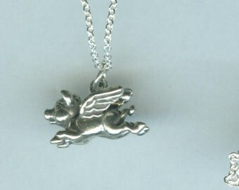 Sterling FLYING PIG Pendant and Chain - 3d
