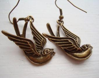 Mockingbird Bird Antique Gold Bronze Earrings