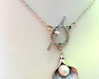 Flower Necklace, Calla Lily Necklace,Bridal Jewelry, Brides Maid, Valentine Jewelry