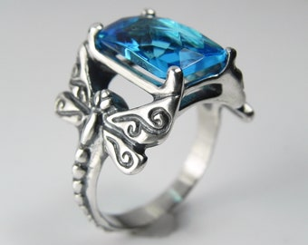 Blue Gemstone Dragonfly Ring - Unique Whimsical Dragonfly Jewelry - Turquoise Aqua Blue Checkerboard Faceted - Emerald Rose Cut