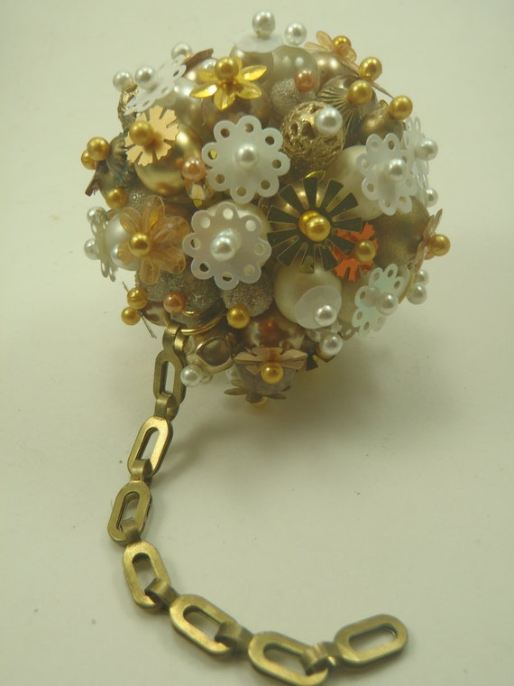 FUNKY Ball and Chain Shiny Gold -White BEADED Christmas Ornament