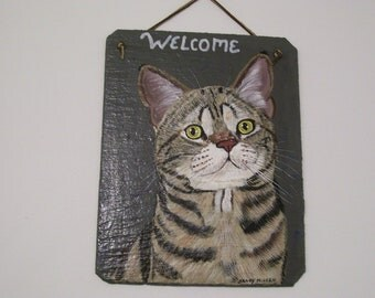 Tan Tabby Cat Welcome Slate