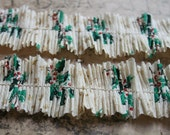 Mini Bundle 24 Inches Vintage 1940s Tiny Holly Leaves and Berries Christmas Crepe Paper Ruffle Garland
