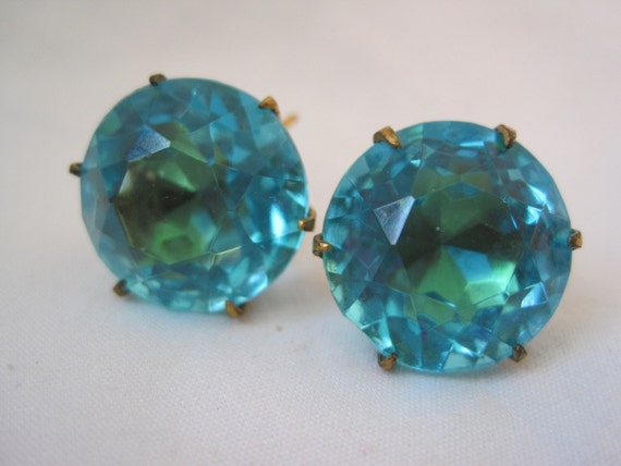 Vintage Earrings - Large Aqua Rhinestones - Screwback Earrings