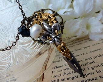 Writer's Pen Nib Necklace -Steampunk  Fleur de Lis Necklace - Gift for Author, Poet, Illustrator, Writer