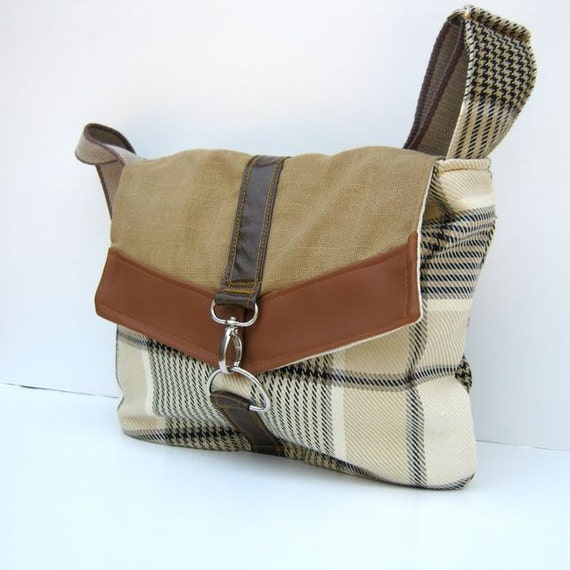 Satchel // Cream and Navy Houndstooth Plaid - Camel Brown Linen