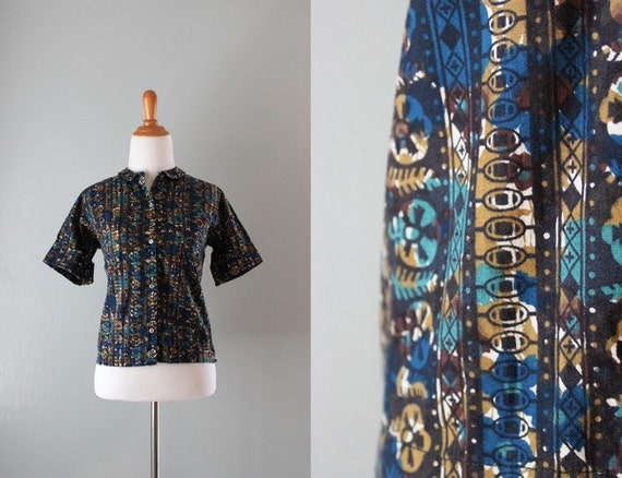 1950s Blouse / Vintage 50s Cotton Blouse / Ethnic Print Fall Shirt