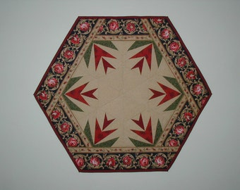 Quilted Star Flower Table Topper (EDTTR)