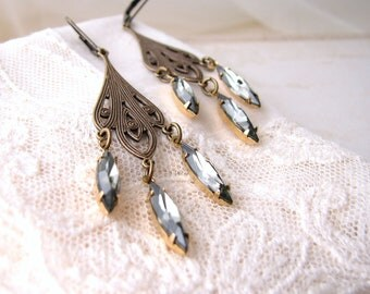 vintage style chandelier earrings with swarovski crystal