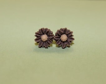 Tiny Brown Daisy Earrings