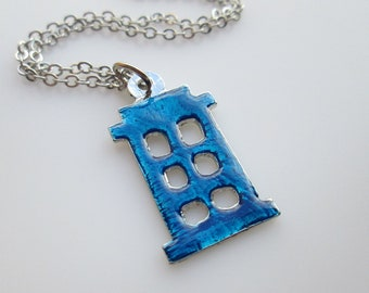 Doctor Who Blue TARDIS Silhouette Necklace in Silver Finish