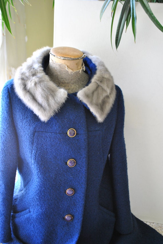 Luxurios vintage 60s royal blue boucle wool coat with  sapphire mink collar . Made by Brentshire. Size 6