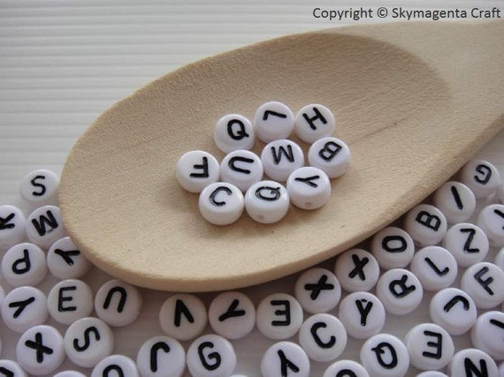 100 pieces Round Alphabet Beads, White Color, 7 mm  (00742)