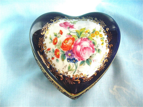 Vintage Limoge Heart Box