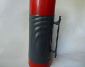 Vintage Alladin Dura Clad Thermos Extra Large Coffee Thermos Camping Thermos with Cup Vintage Coffee Carafe Vintage Thermos Red and Grey