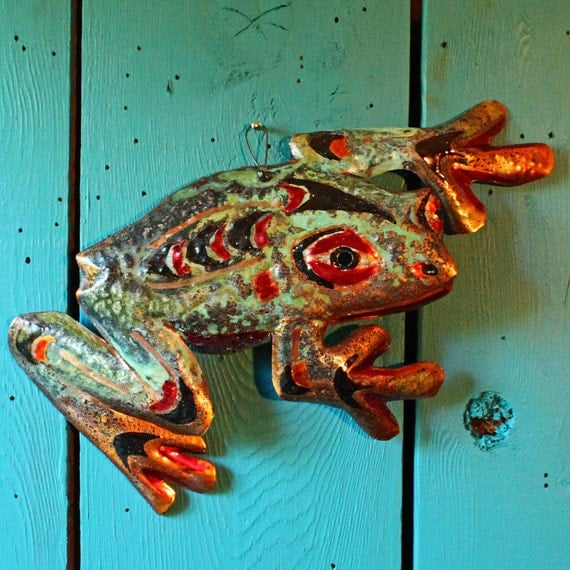 Tree Frog Spirit - copper amphibian sculpture by Mark - Pacific Northwest Coast Indian-inspired - OOAK