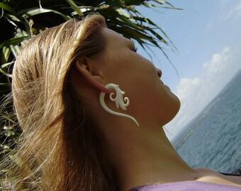 fake gauge earrings, Bone Split Gauge Earrings ,tribal style, Fancy hand Craved ,tribal style