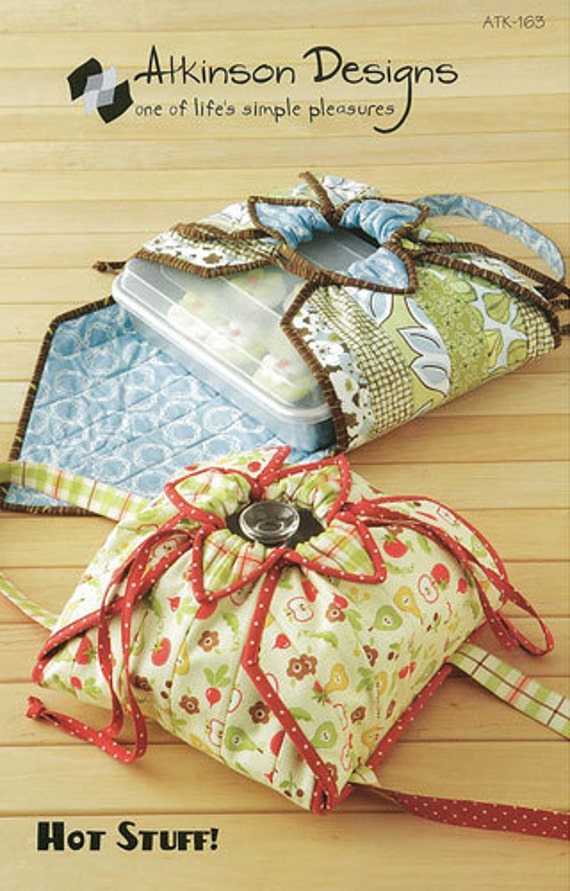 Pattern Casserole Or Cake Pan Holder Hot By