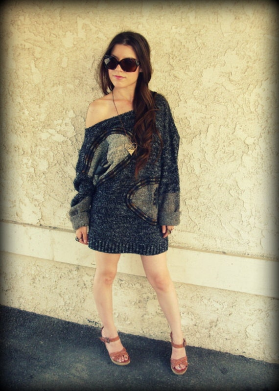 LOVE Hippie Vintage 80's Off-The-Shoulder Sweater Top Jumper Dress