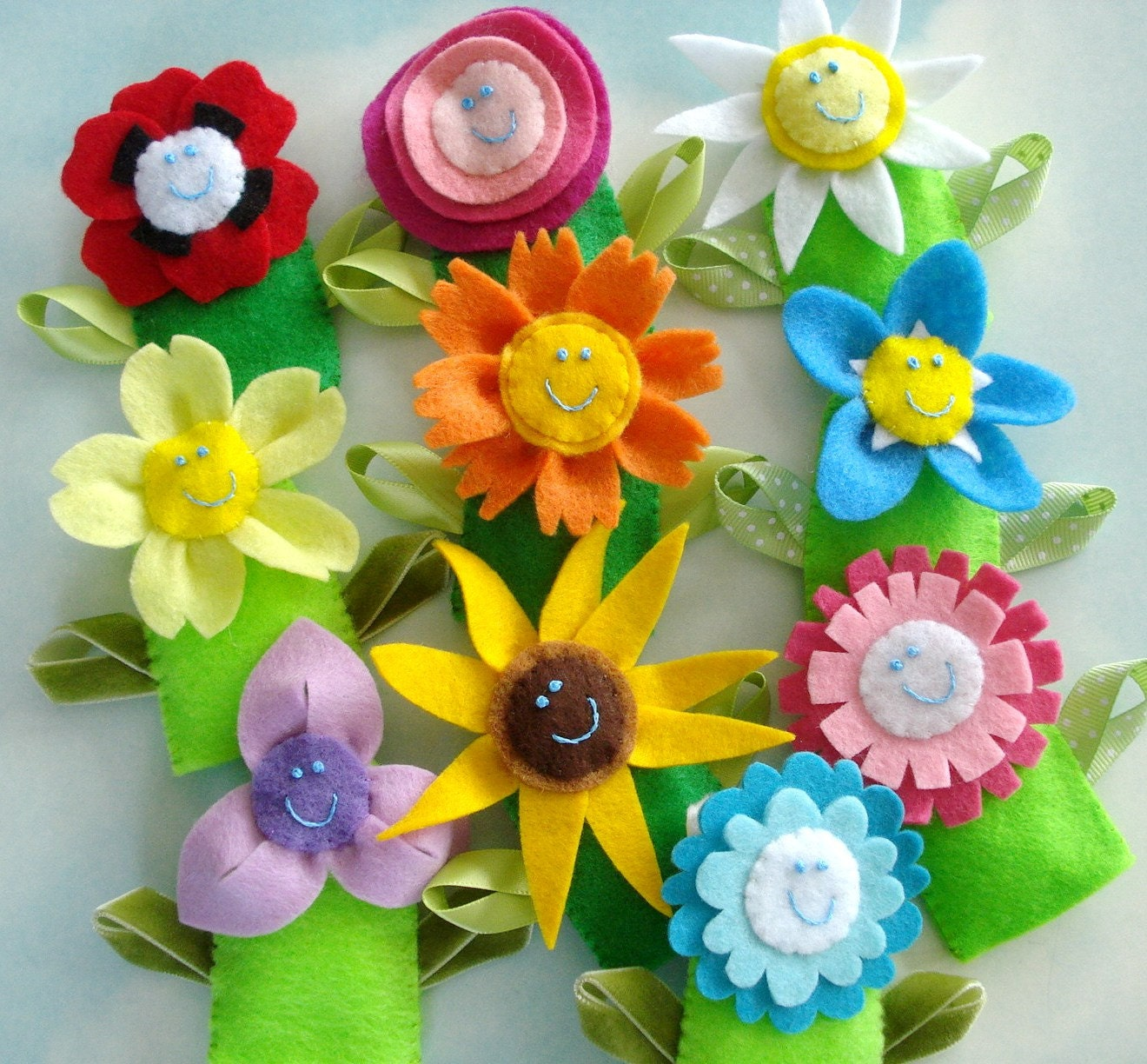 Flower Felt Finger Puppets & Hair Accessories Sewing Pattern