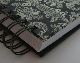 Five Year Diary/ Line A Day Journal/ Gratitude Journal/ Line A Day Diary/ Five Year Journal/ Yearly Journal/ Lined Journal/ Black Damask