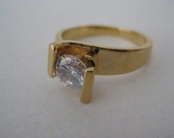 Gold Modern Solitaire Ring Crystal Vintage Size 8
