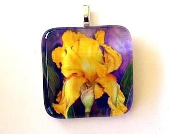 Flower Jewelry Yellow Gold Iris Art Glass Pendant
