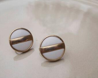 Vintage Avon Gold White Clip on Earrings