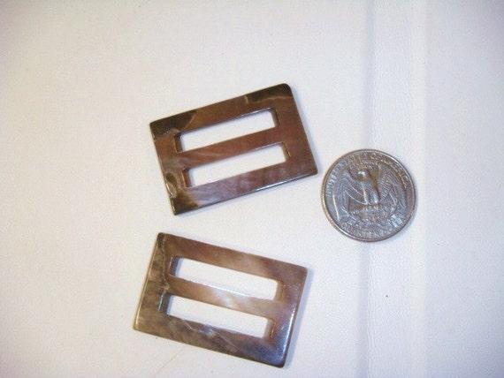vintage shell belt buckles set of 2